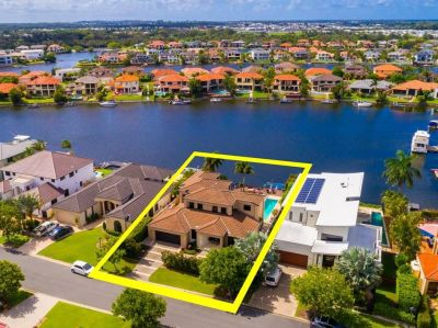 Waterfront Sanctuary in the Exclusive Enclave of Oyster Cove