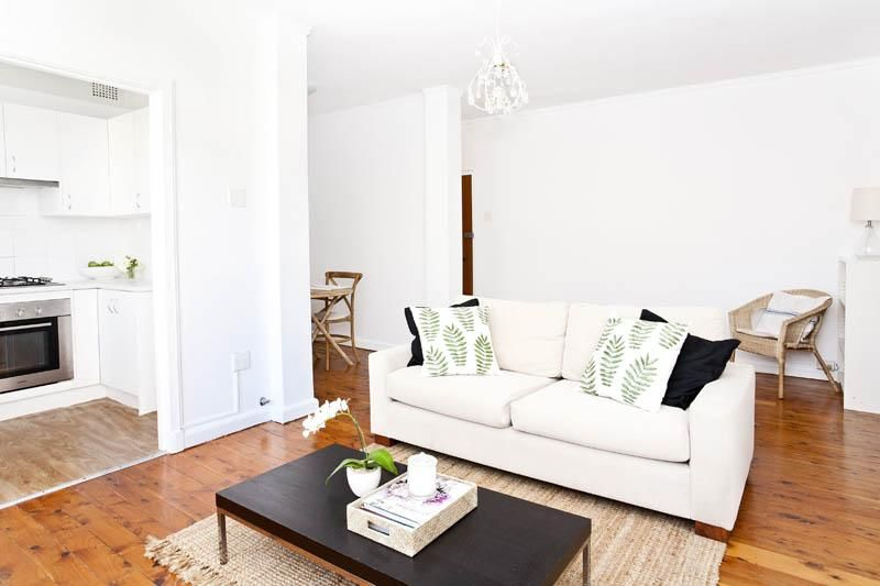 Fully Furnished, move straight in - just bring your bags