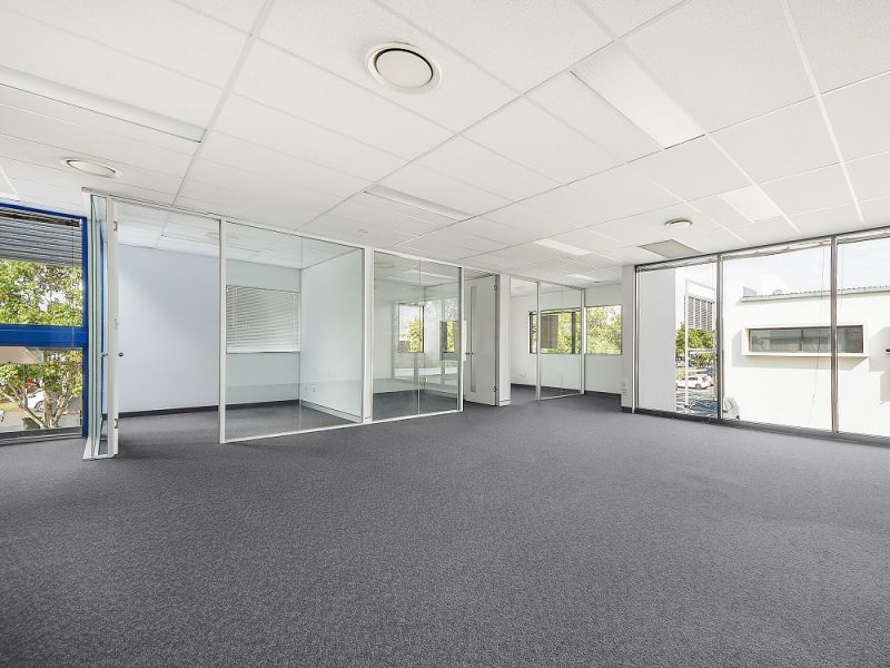 105m2* HENDRA COMMERCIAL OFFICE