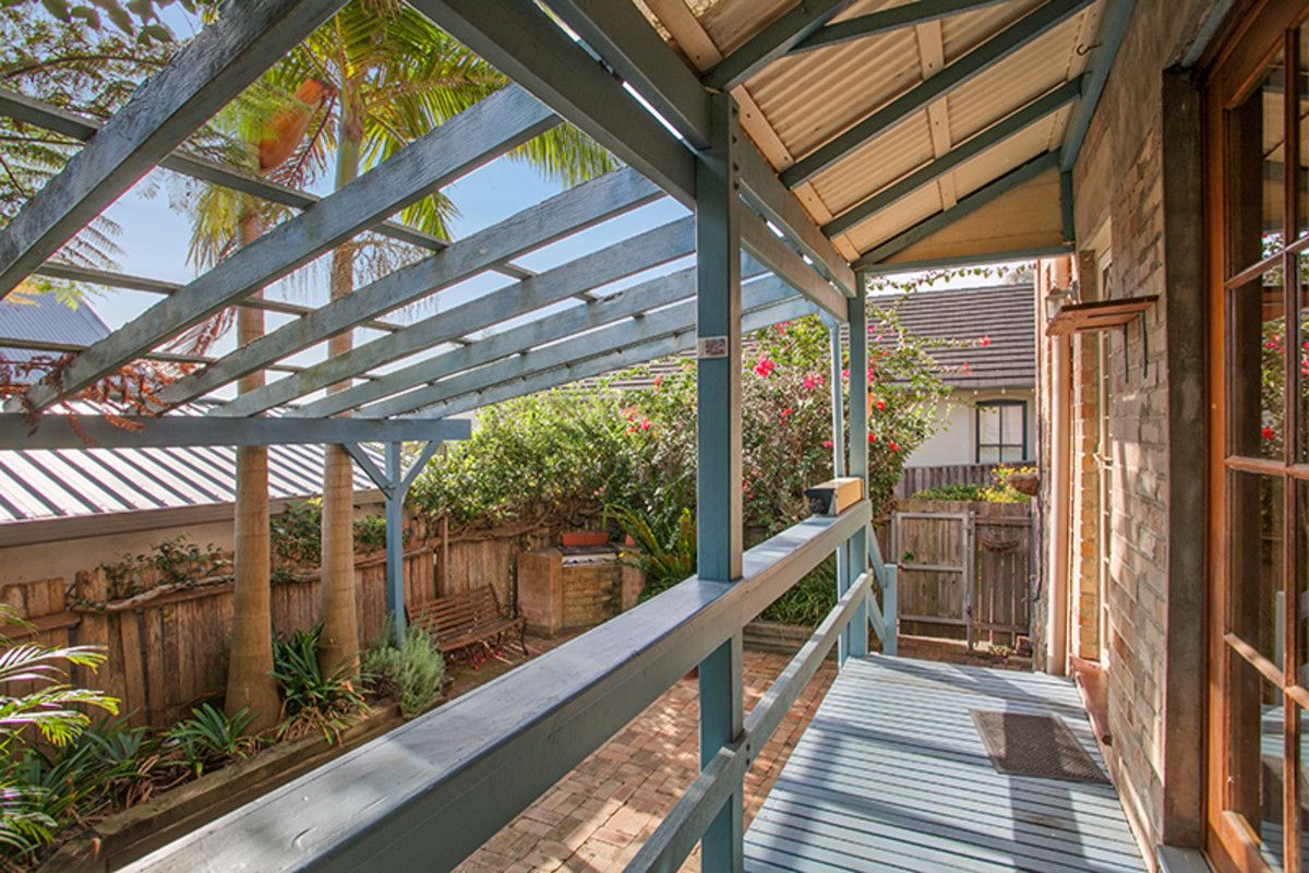 2/28 Augusta Road Manly 2095