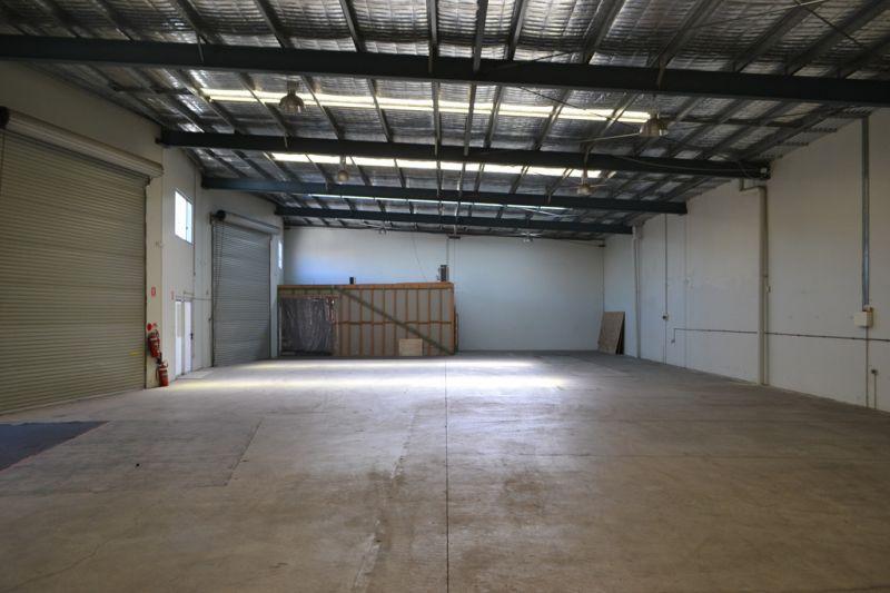 492m²* Brisbane Road Warehouse For Lease