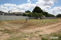 702m2 VACANT ALLOTMENT