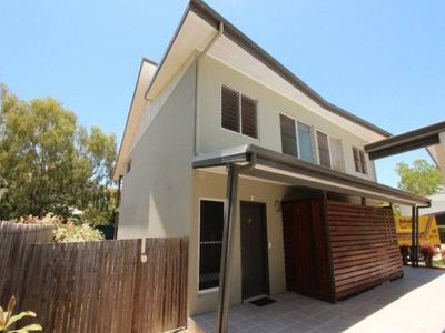 MODERN – SPACIOUS – CONVENIENT & SUPA LOCATION $269,000 !!