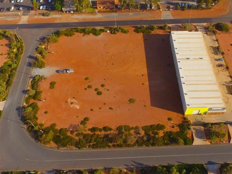 Priced to Sell! 3300 m2 for $363,000