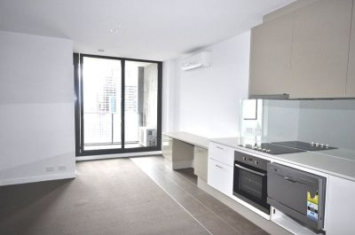 Upper West Side: 31st Floor - Top Quality and Superb Location!