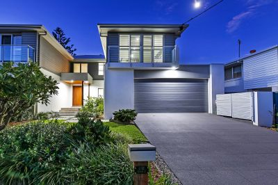 Brilliant Blend of Sophisticated Style and Contemporary Comfort