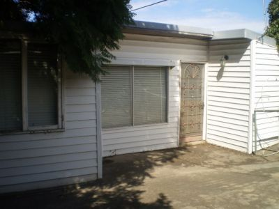 Spacious self contained bungalow
