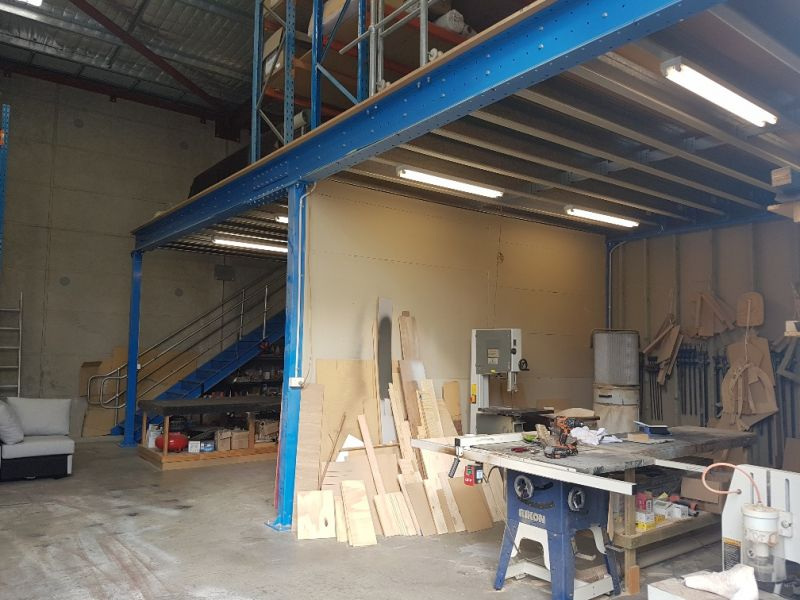 FRONT WAREHOUSE WITH SHOWROOM & ENGINEERED MEZZANINE