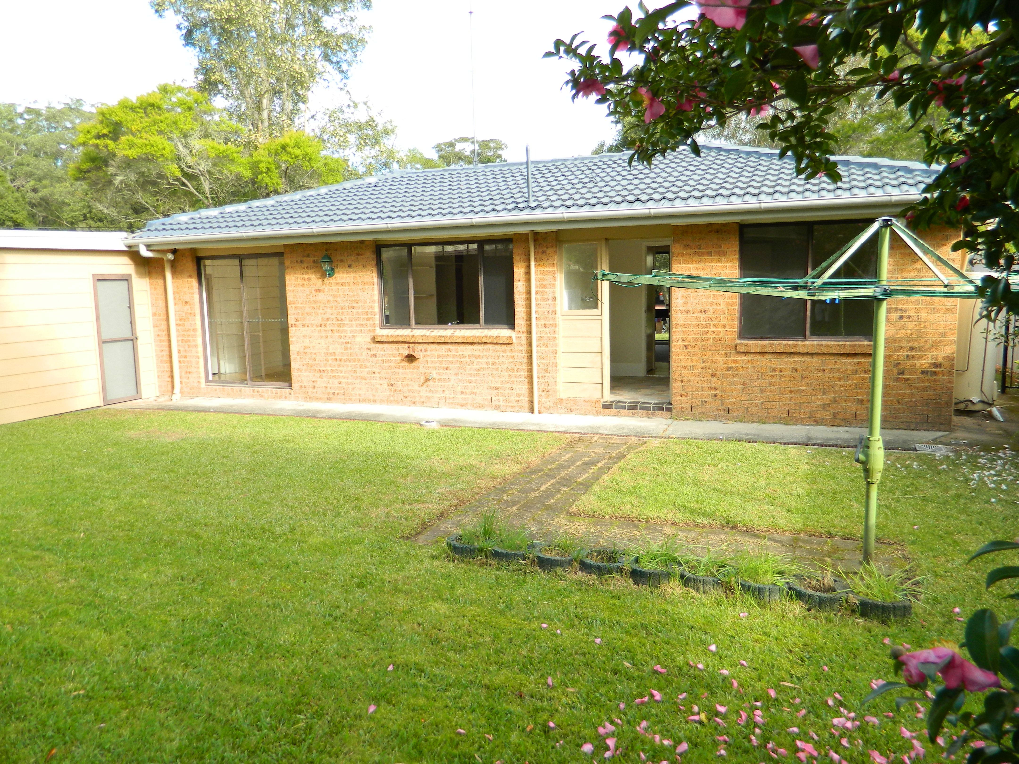9 Bottlebrush Close Wyoming 2250