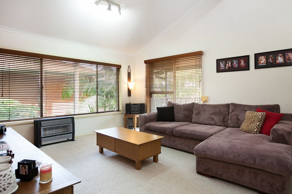 3 Hazel Crescent, Thirroul NSW