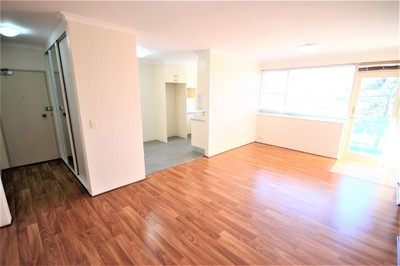 Renovated Apartment with Double Garage