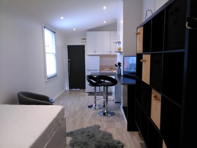 FULLY FURNISHED STUDIO apartment -3/6/12 month lease