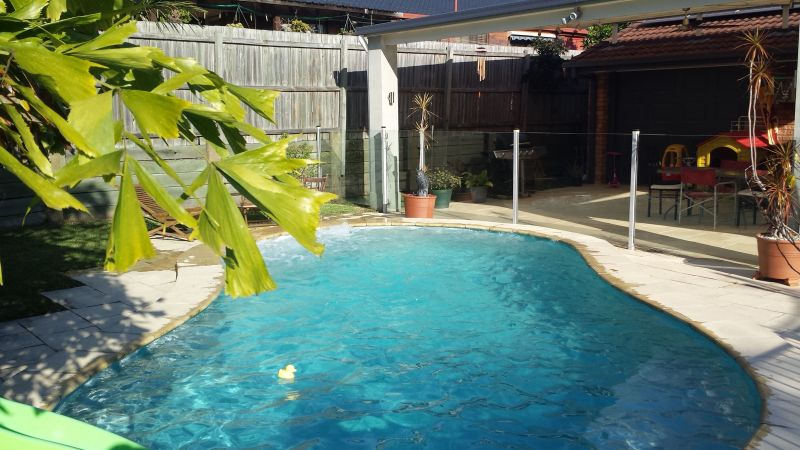RIVERHILLS, QLD 4074