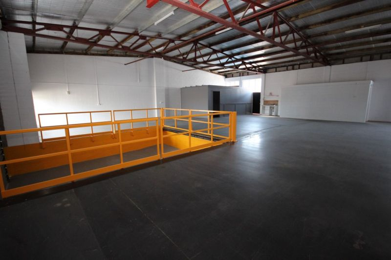 Well Positioned Budget Warehouse
