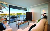 Apt 96 - Waterfront luxury