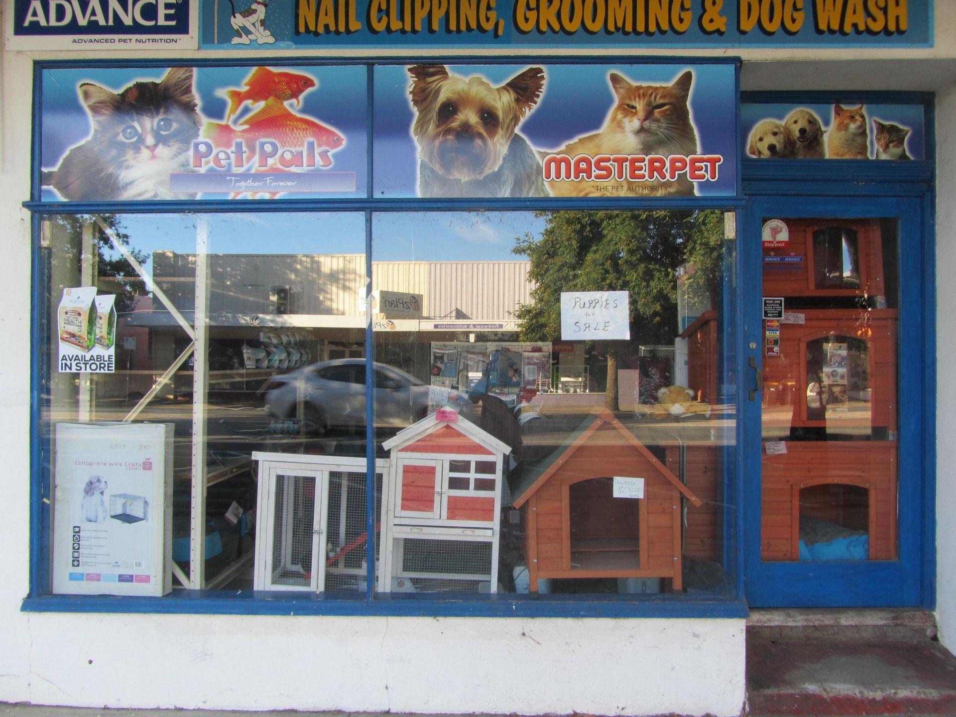 $18,000 Nett Return.  2 shops on One Title in Main Street Location