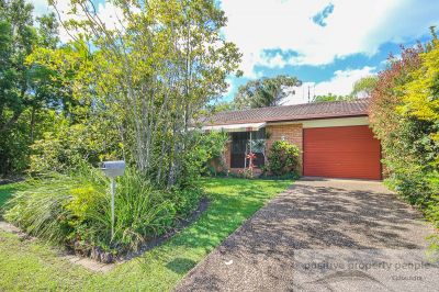 Great Character Home in Perfect Beach Location!