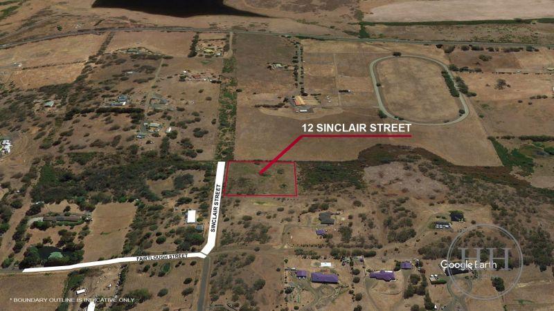 12 Sinclair Street-2