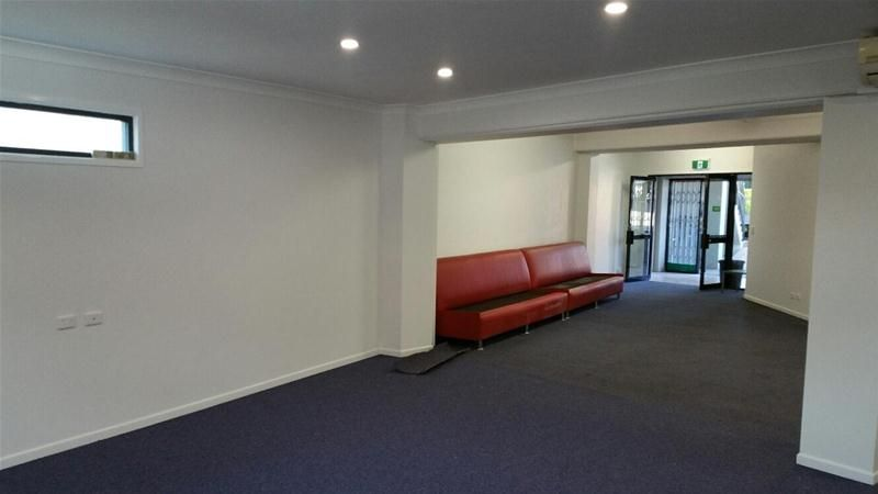 BRAND NEW OFFICE WITH CAR PARKS