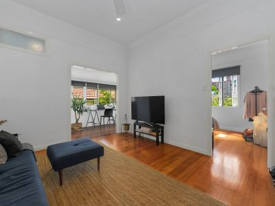 Renovated Character Apartment in Awesome Location