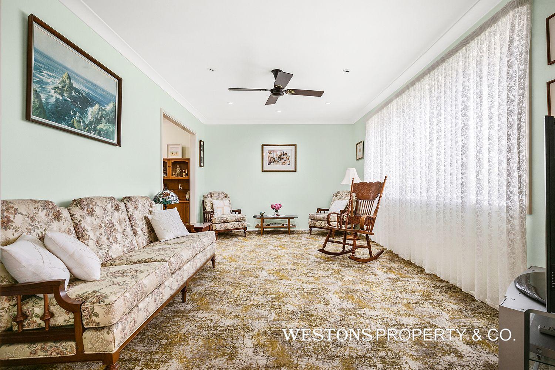 16 Attlee Place, Winston Hills NSW 2153