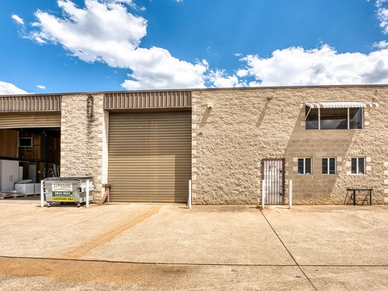 Functional Well-Priced Industrial Unit for Sale