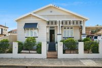 Gorgeous Californian Bungalow with Versatile Studio and 2B Commercial Zoning