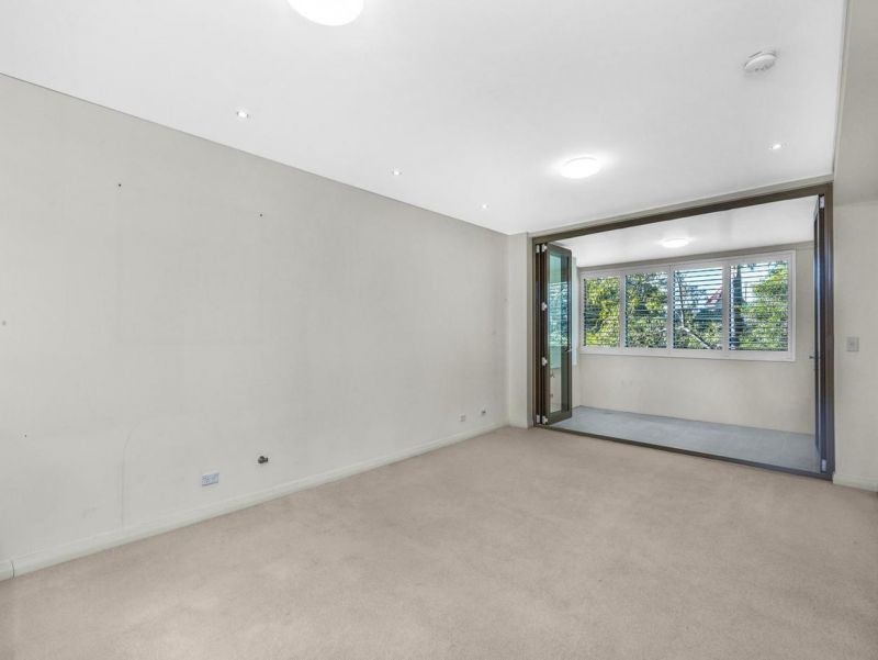 18/2-6 Clydesdale, Pymble