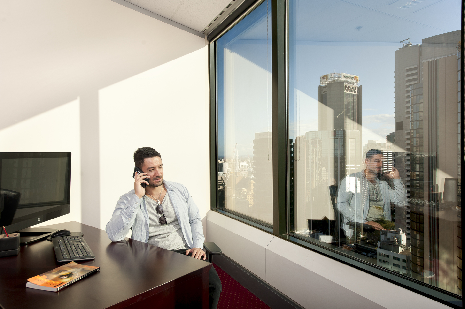 Luxury workspaces at Gateway, private 6-person office with views and access to coworking breakout areas