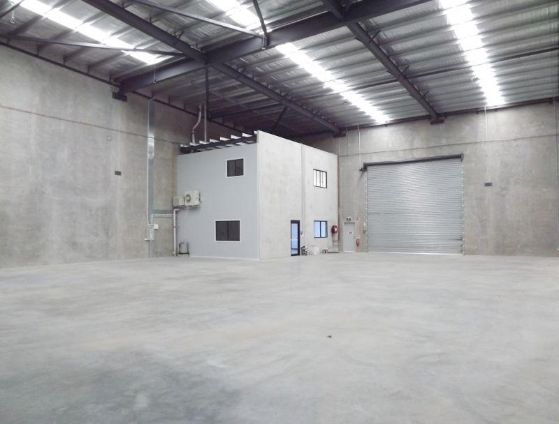 BRAND NEW 641M²* CONCRETE TILT PANEL WAREHOUSE/OFFICE