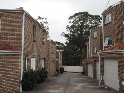 2 BEDROOM TOWNHOUSE FOR RENT IN EPPING