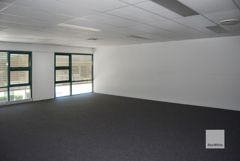 Brendale Warehouse with Office/Showroom Space