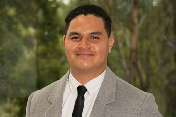 Christopher Tautaiolefua Real Estate Agent