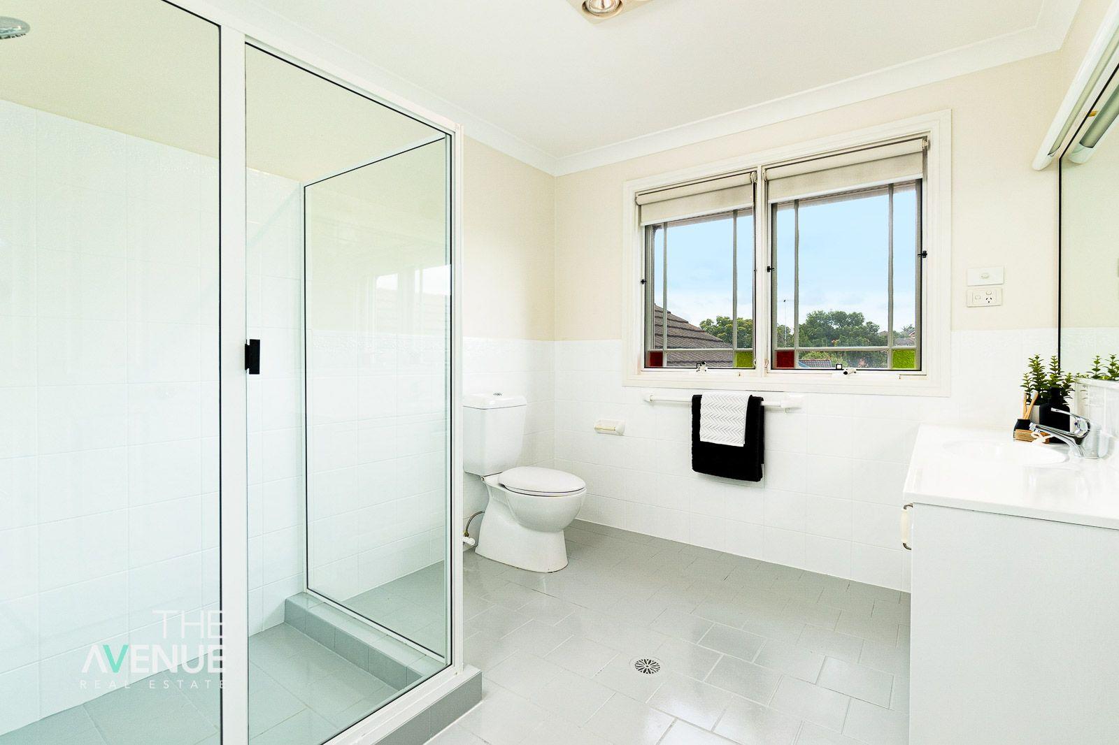 2 Stanhope Row, Bella Vista NSW 2153