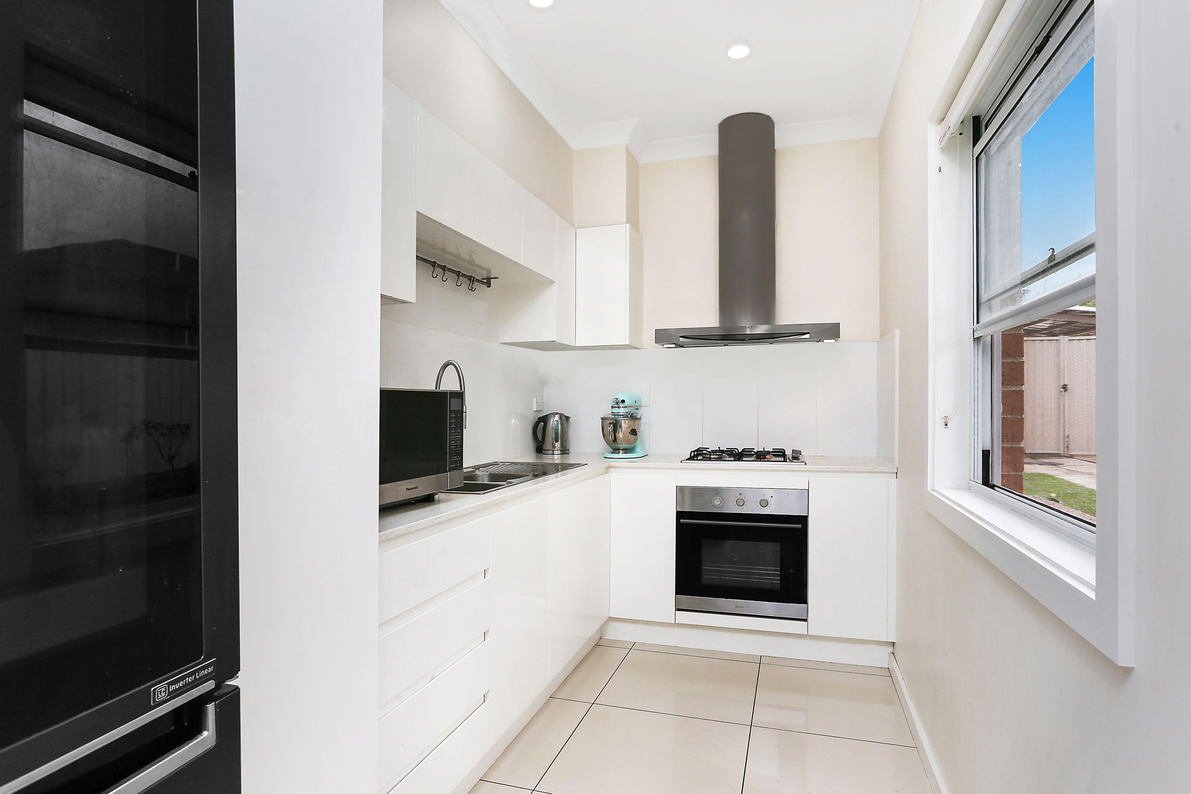 8 Lemnos Street, North Strathfield