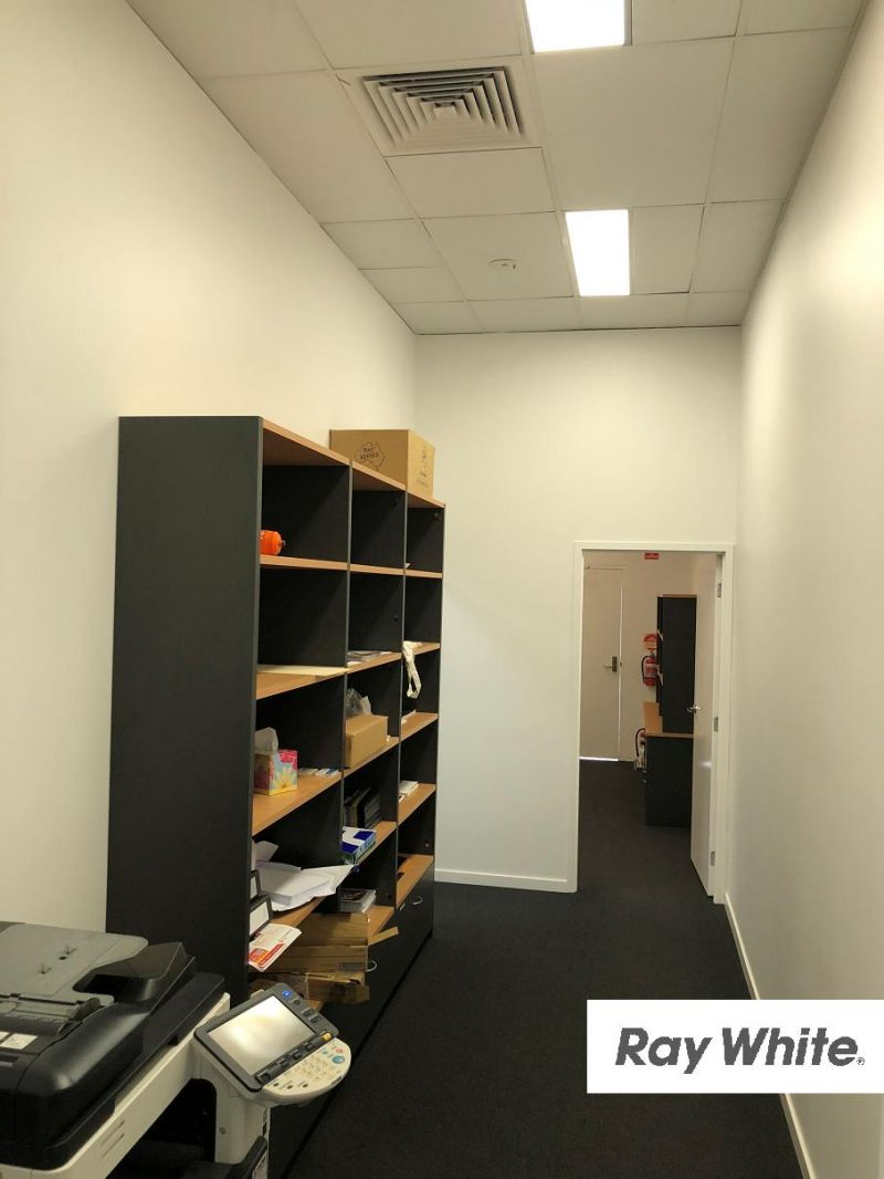 98sqm Unit At The Hub In Fast Growing Burpengary East