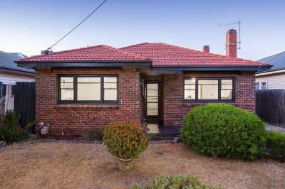 Clinker brick classic home enhanced and ready to occupy