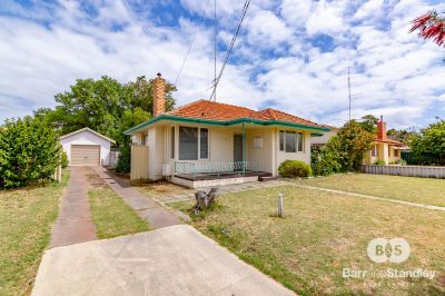 38 Parade Road, Withers,