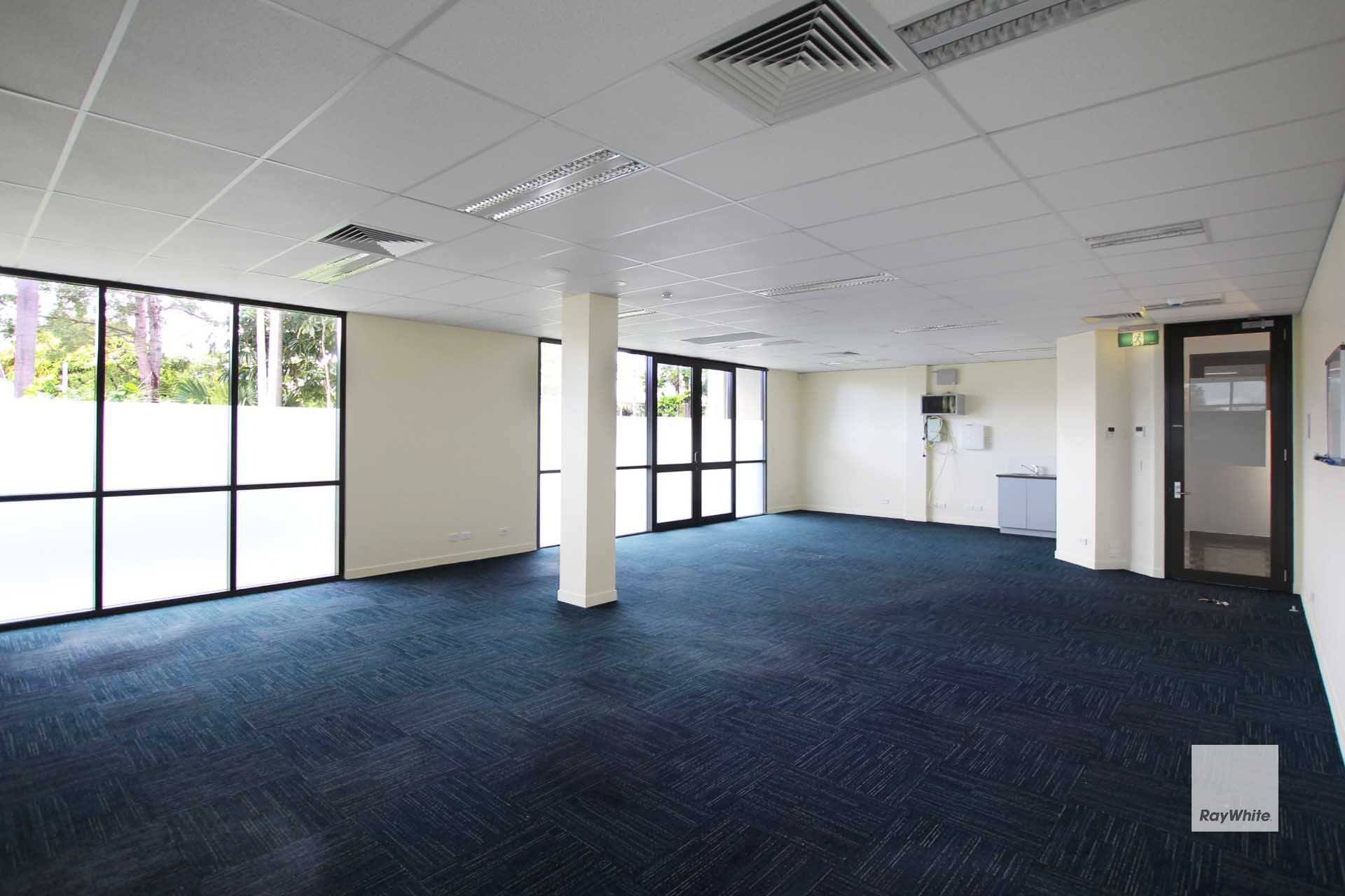 ** Rental Reduced**  Executive Office Suite Maroochydore | For Lease
