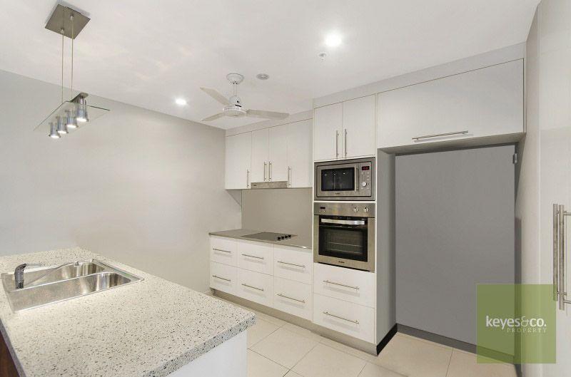 1002/122 Walker Street, Townsville City