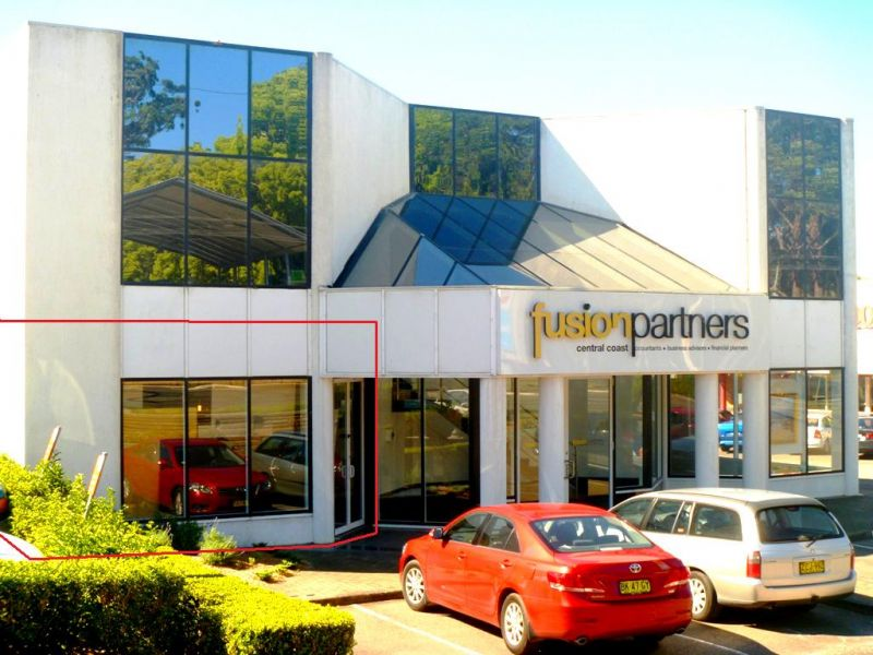 Fantastic position! 100m2 approx available!