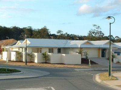 Ultra Modern  Designed Duplex - Upper Coomera