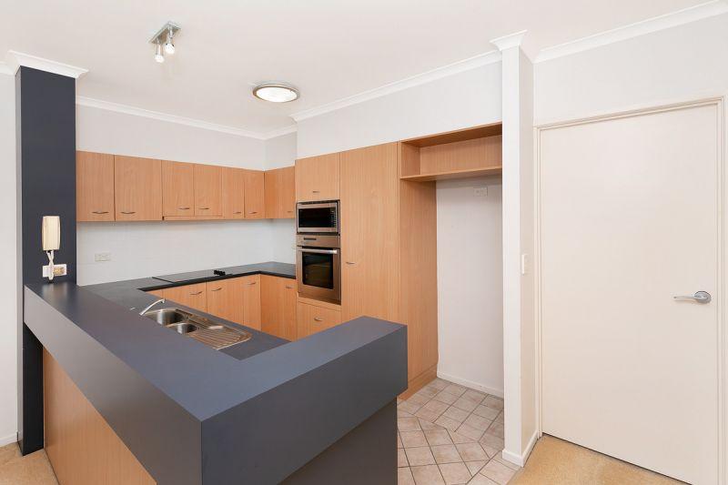 Perfect Top Floor Apartment