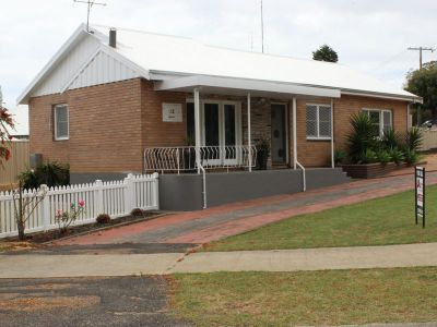 Renovated South Bunbury Funky home
