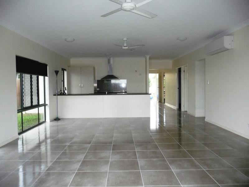 Fabulous 3 bedroom Air Conditioned Home