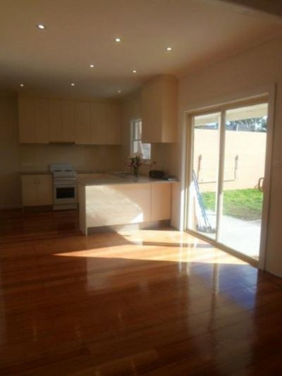 APPROVED APPLICATION - FULLY RENOVATED FAMILY HOME IN GREAT LOCATION- FREE WATER