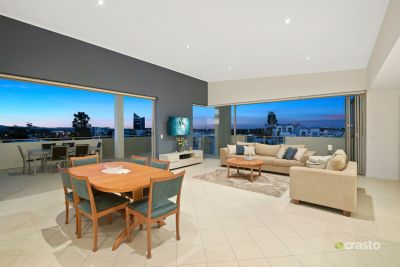 Spacious Apartment with Huge Verandas and Panoramic Views