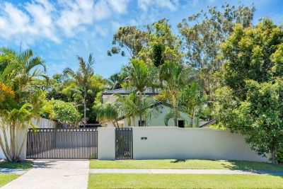 ATTENTION INVESTORS AND BUSY FAMILIES WHO WANT A LIFESTYLE LOCATION