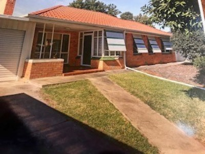 For Rent - 3 Bedroom house on quite street and large block