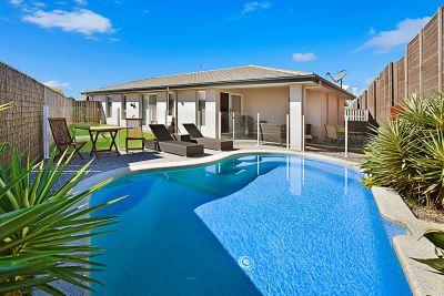 Beautiful Modern Home - In Cova Estate!